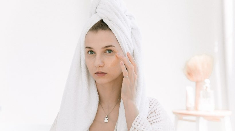 How to Determine Skin Tone and Undertone; Five Best Hacks