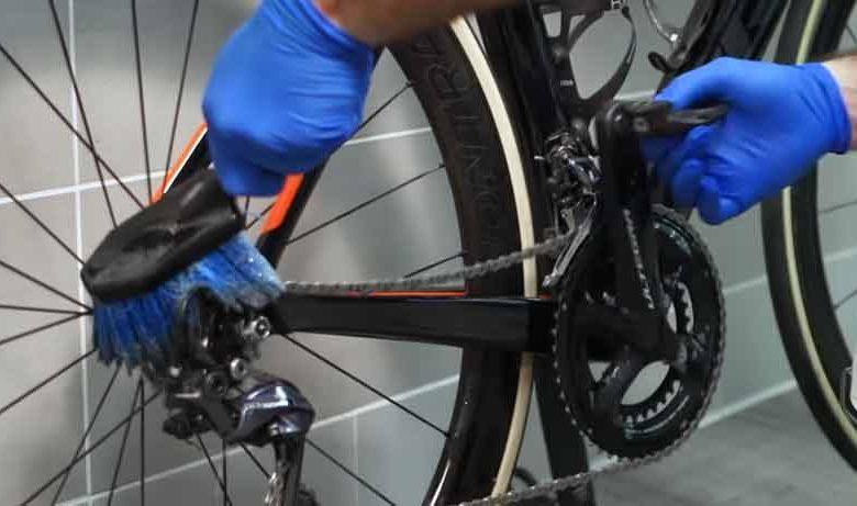 Clean Bike Chain Like a Pro