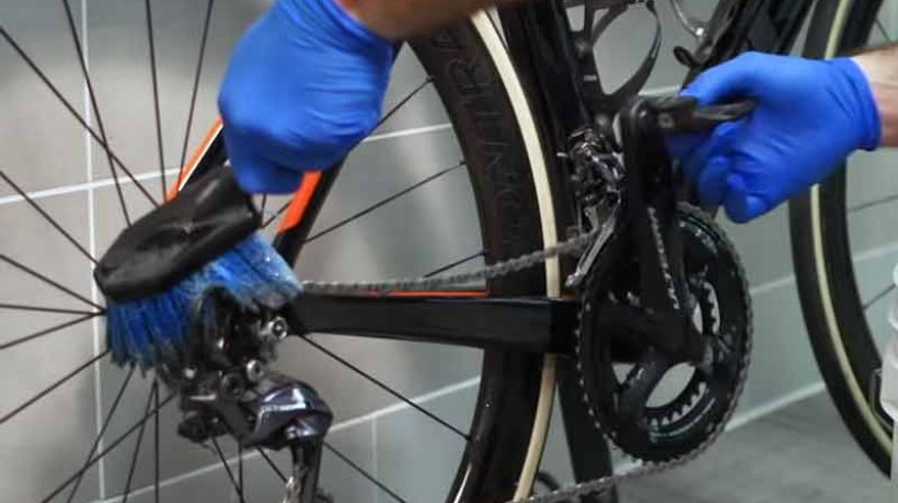 How to Clean Bike Chain Like a Pro